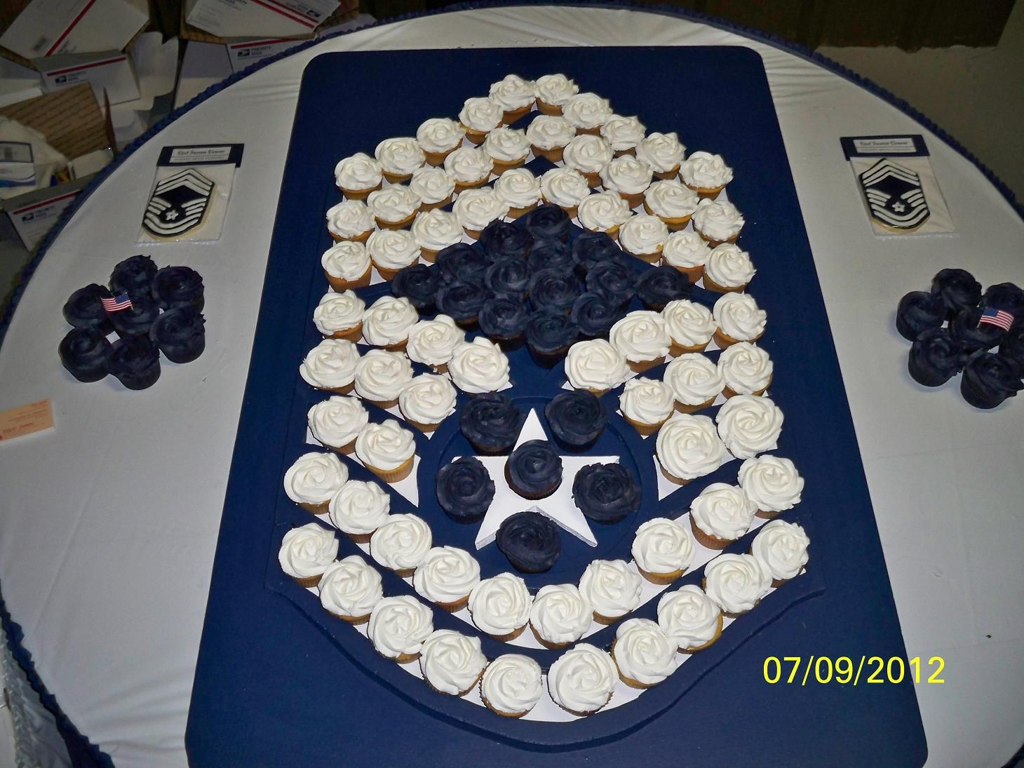 Air force cake decorations home furniture decors creating the - Cupakes For An Air Force Chief S Retirement Ceremony Cupcakes Were Displayed On A Custom Made