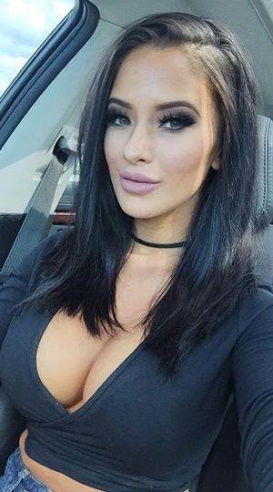 Gorgeous busty raven woman ciara masturbates