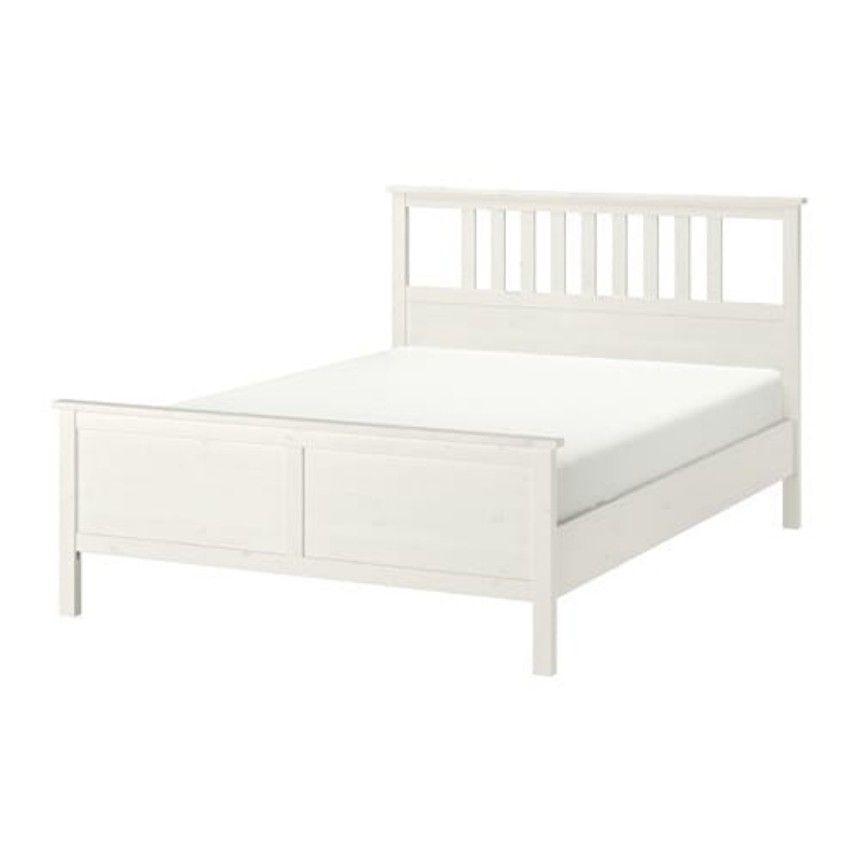 Pin Von Lisa B Auf Schlafzimmer Ikea Bettgestelle Ikea Hemnes Bett Bettgestell