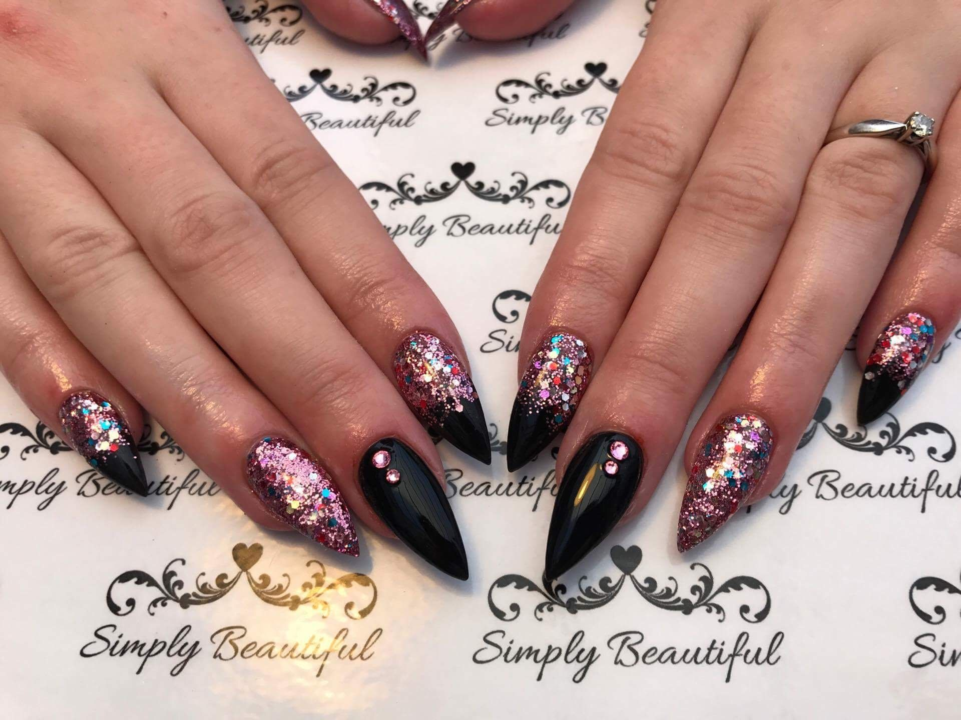Acrylic Nail Black Glitter Fade