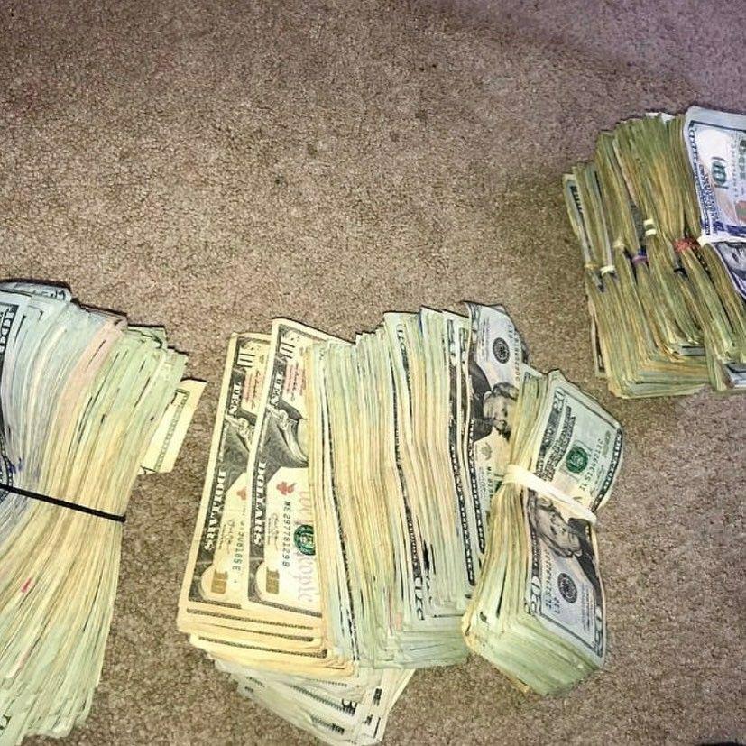 Pin by Treez 773 on Money stacks | Money stacks, Money ...