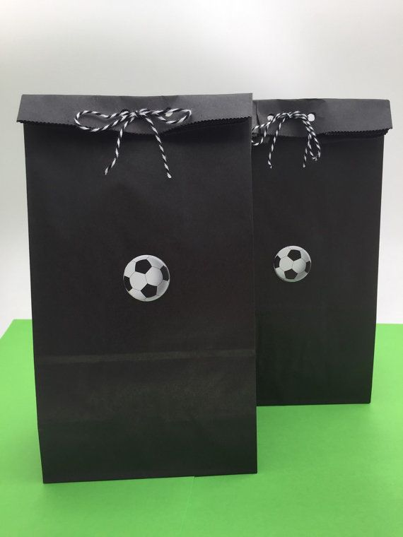 FOOTBALL PARTY BOXES Kids Soccer Themed Birthday Loot Bags Favors Box Gift UK