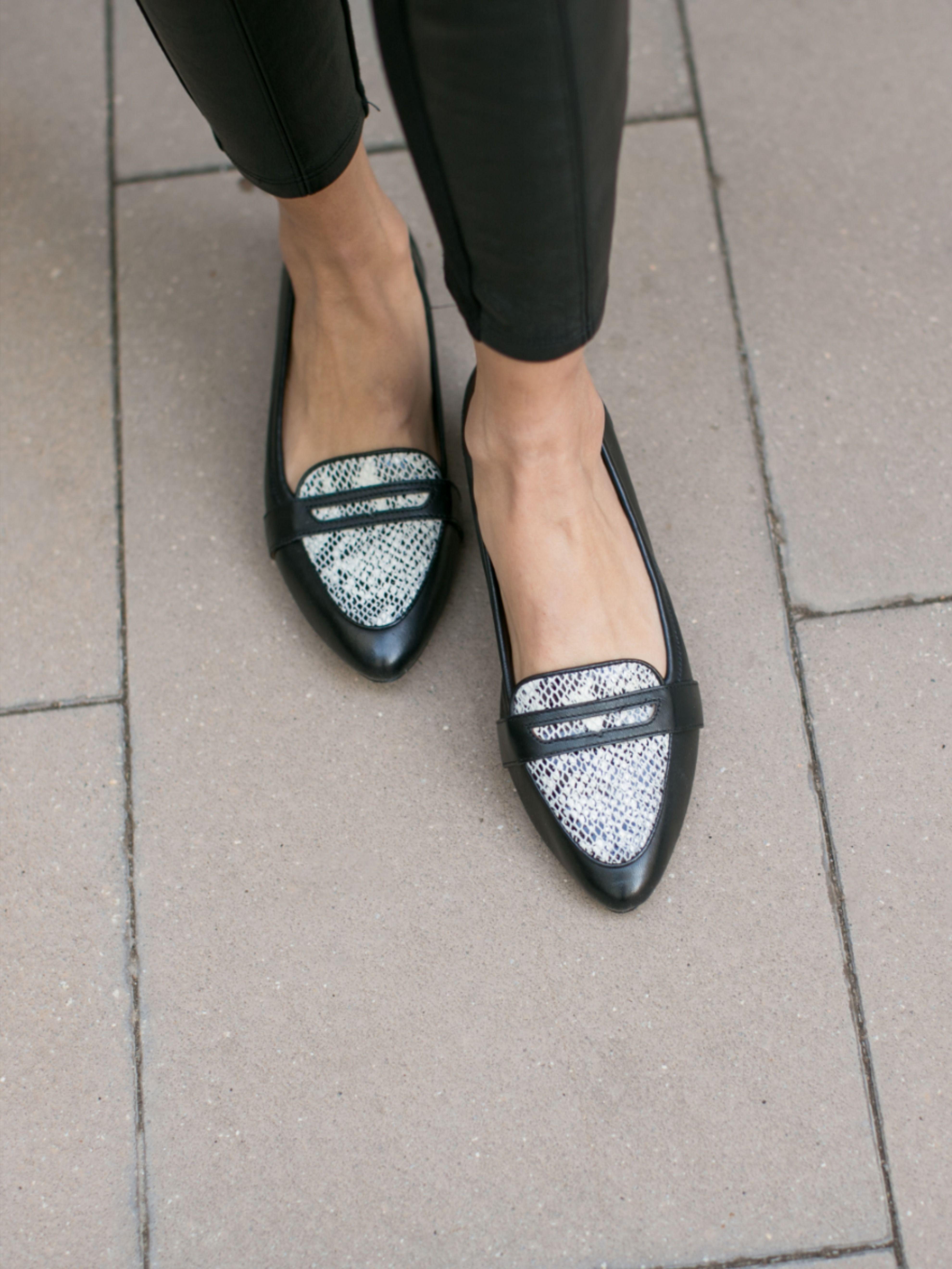 Vionic shoes, Leopard flats