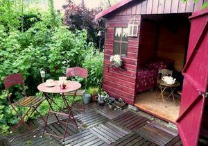 Abri de jardin cabane pour enfants cabane mobil home pinterest chalet de jardin abri - Amenager un abri de jardin ...