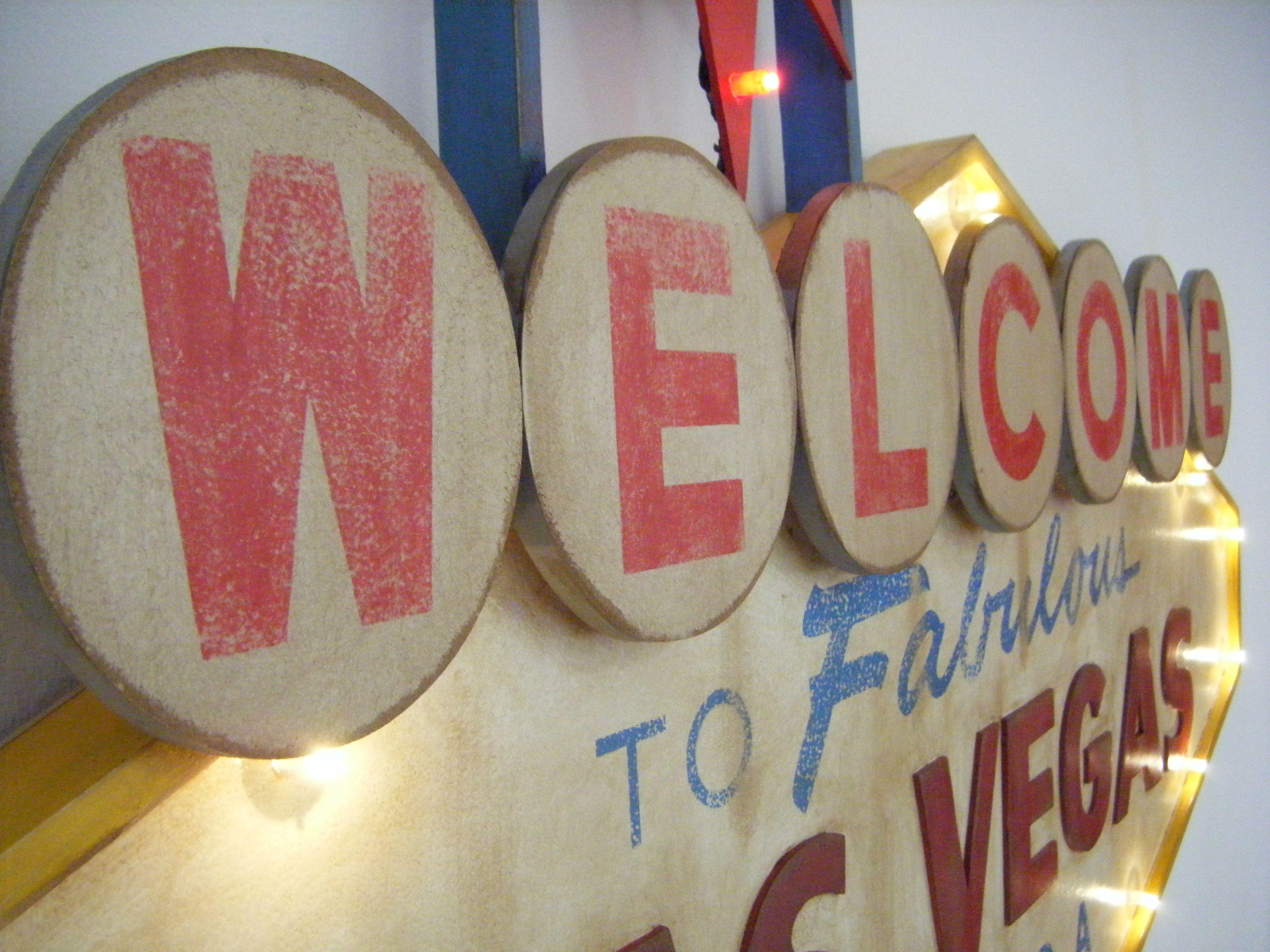 Letrero De Las Vegas En Madera Con Leds Hecho Por Decoraci N  # Muebles Vizcaino Dos Hermanas