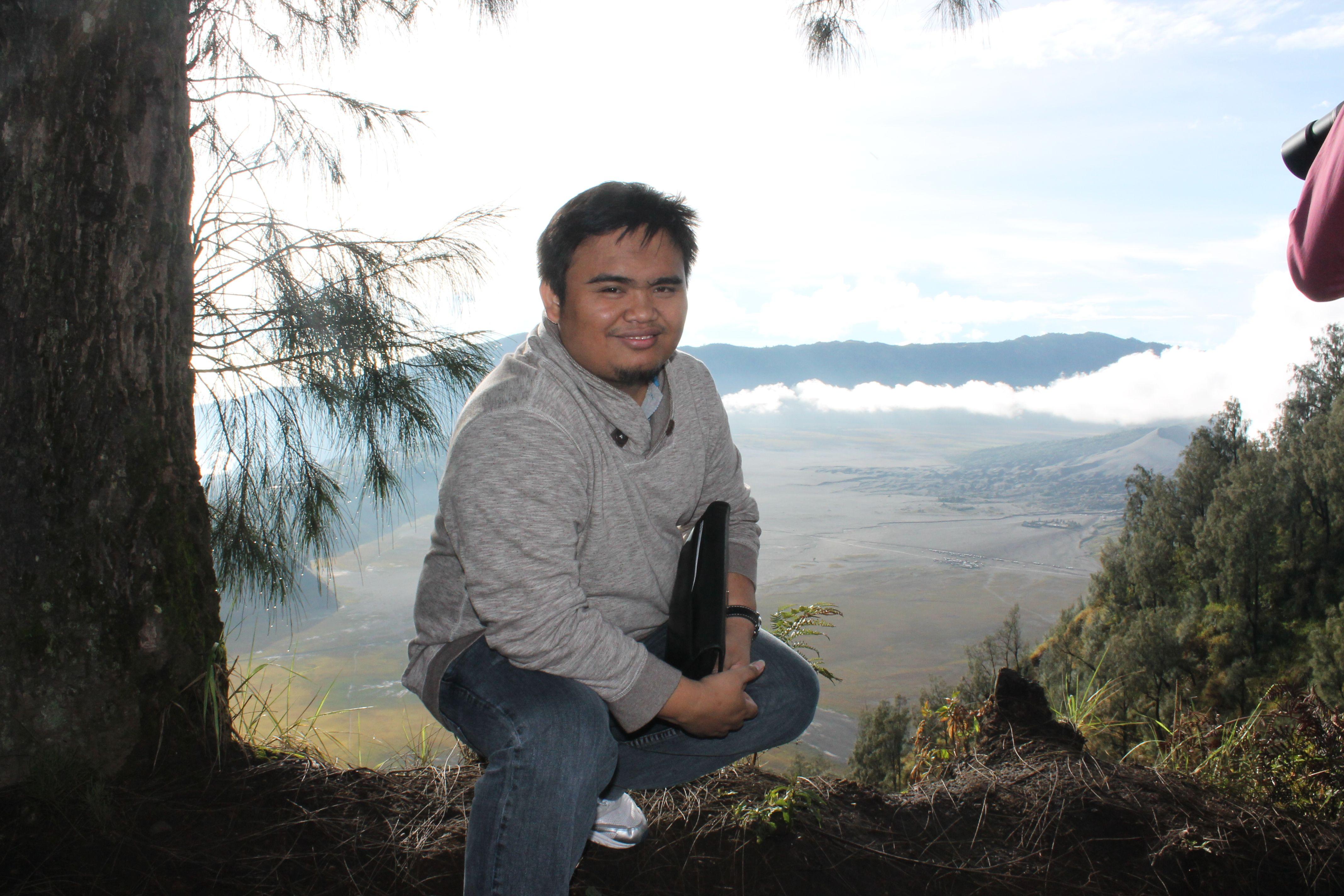 Pemandangan Indah Berlatarkan Gunung Bromo Pemandangan Indonesia