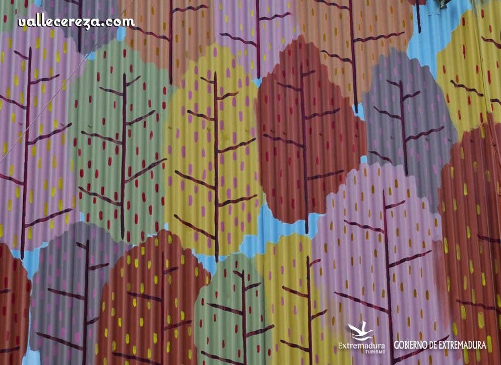 Fachadas pintadas en Piornal (Valle del Jerte) www.vallecereza.com