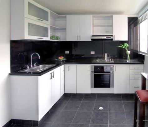 Cocina madera rh blanco y meson en granito de marmol negro for Marmol negro y blanco