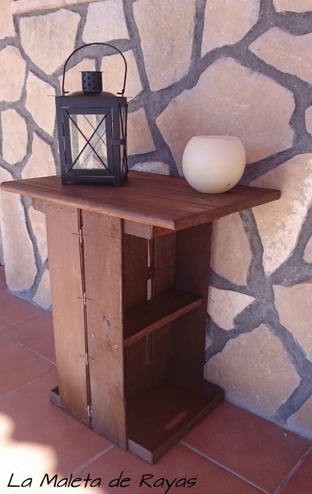 33993edfb197 Cómo hacer una mesa con cajas de fruta. | Hacer bricolaje es ...