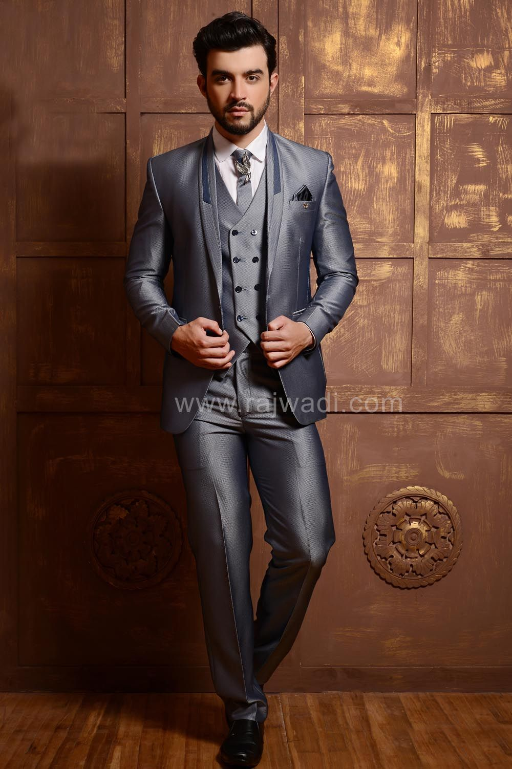 Glowing light grey suit for party rajwadi menswear suit