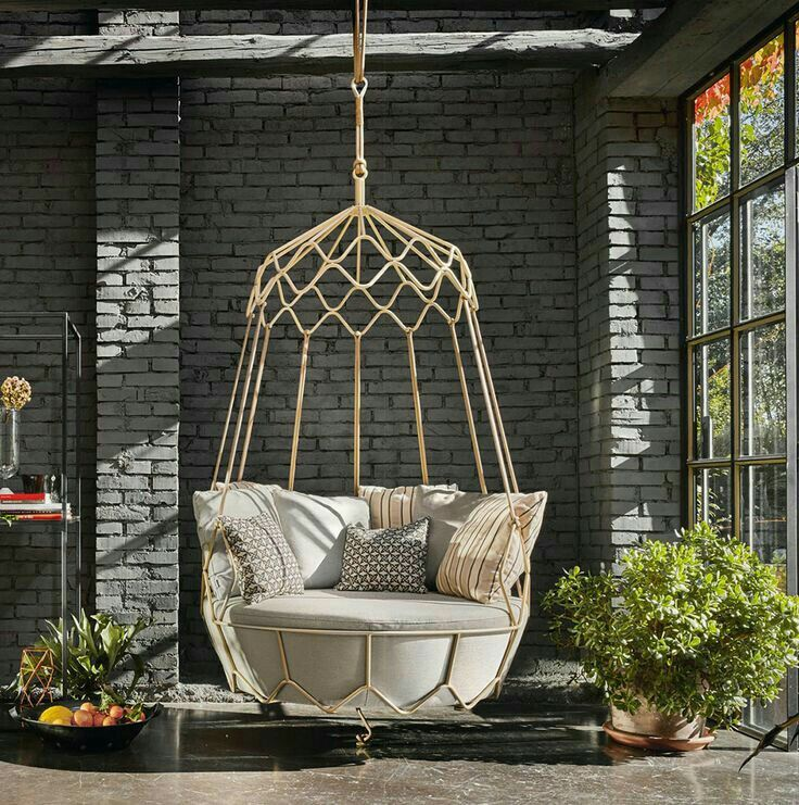 Gorgeous Hanging Chair