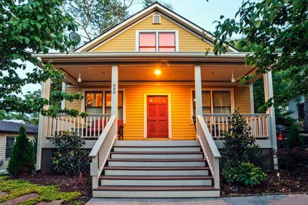 Check Out This Awesome Listing On Airbnb Ious And Private In Cabbagetown Houses For Atlanta