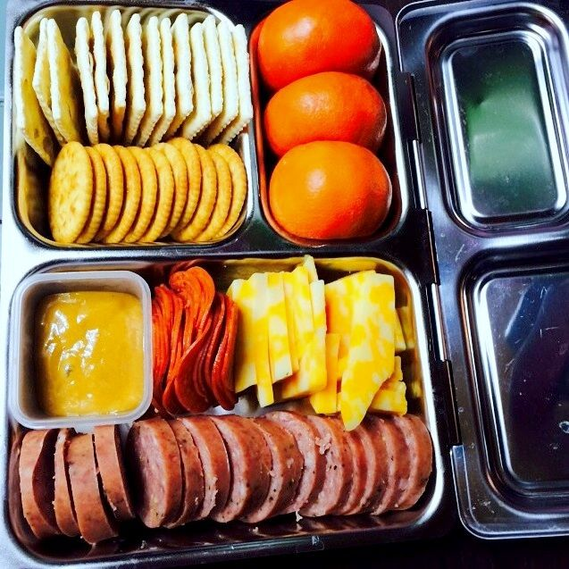 homemade lunchable. at least you know what's going into it! (this is an adult-sized planetbox launch)
