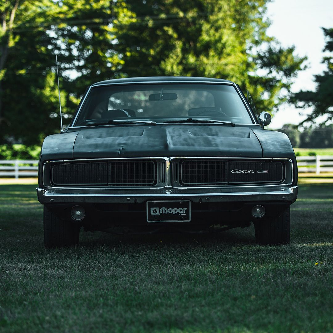 Kickin It Old School Tbt Dodge Charger Dodgecharger Carsofinstagram Cargram Instaautos Instacars Carselfie Dodge Classic Cars Muscle Dodge Charger