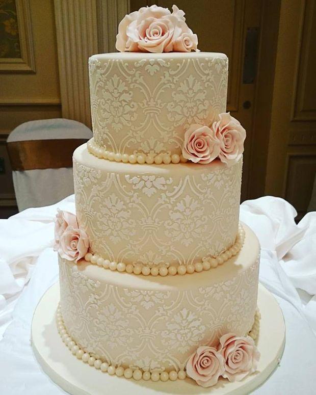 28 Gorgeous Wedding Cakes From Irish Cake Makers Wedding Cakes