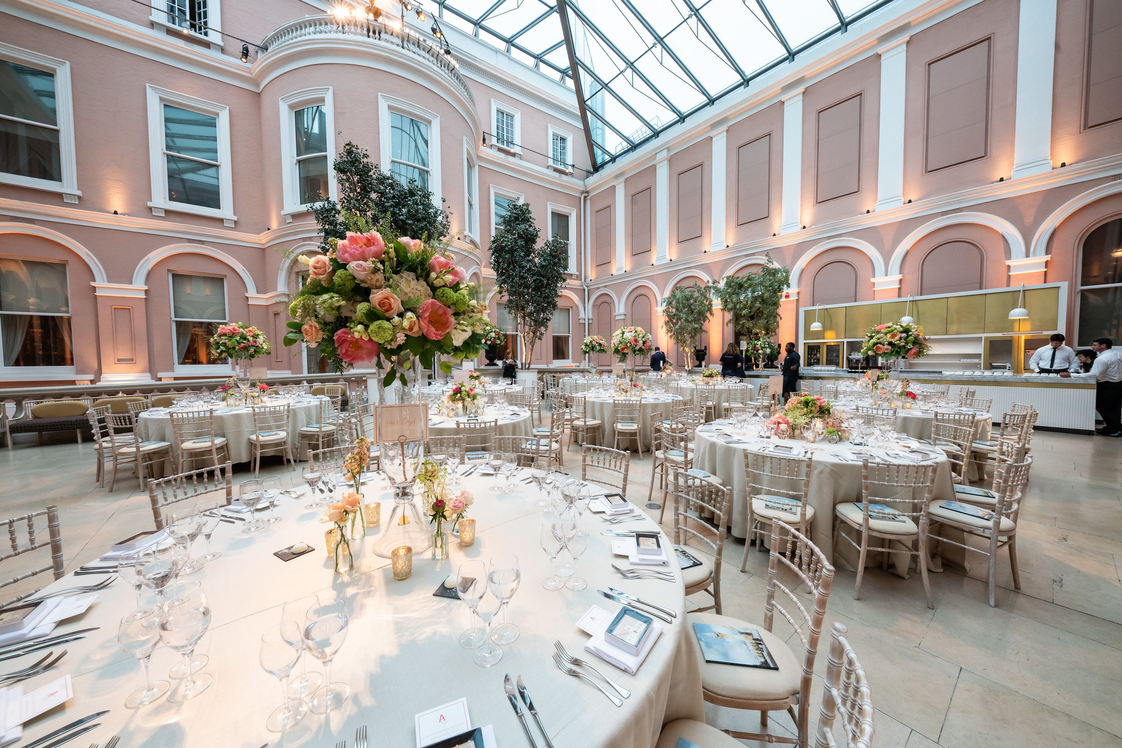 Summer Wedding Organised By Golborne Events At The Wallace Collection Eventprofs