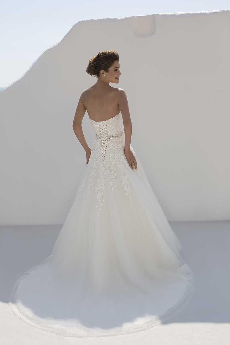 Mark Lesley 7194 Bridal Gown - Mia Sposa Bridal Boutique Detailed ...