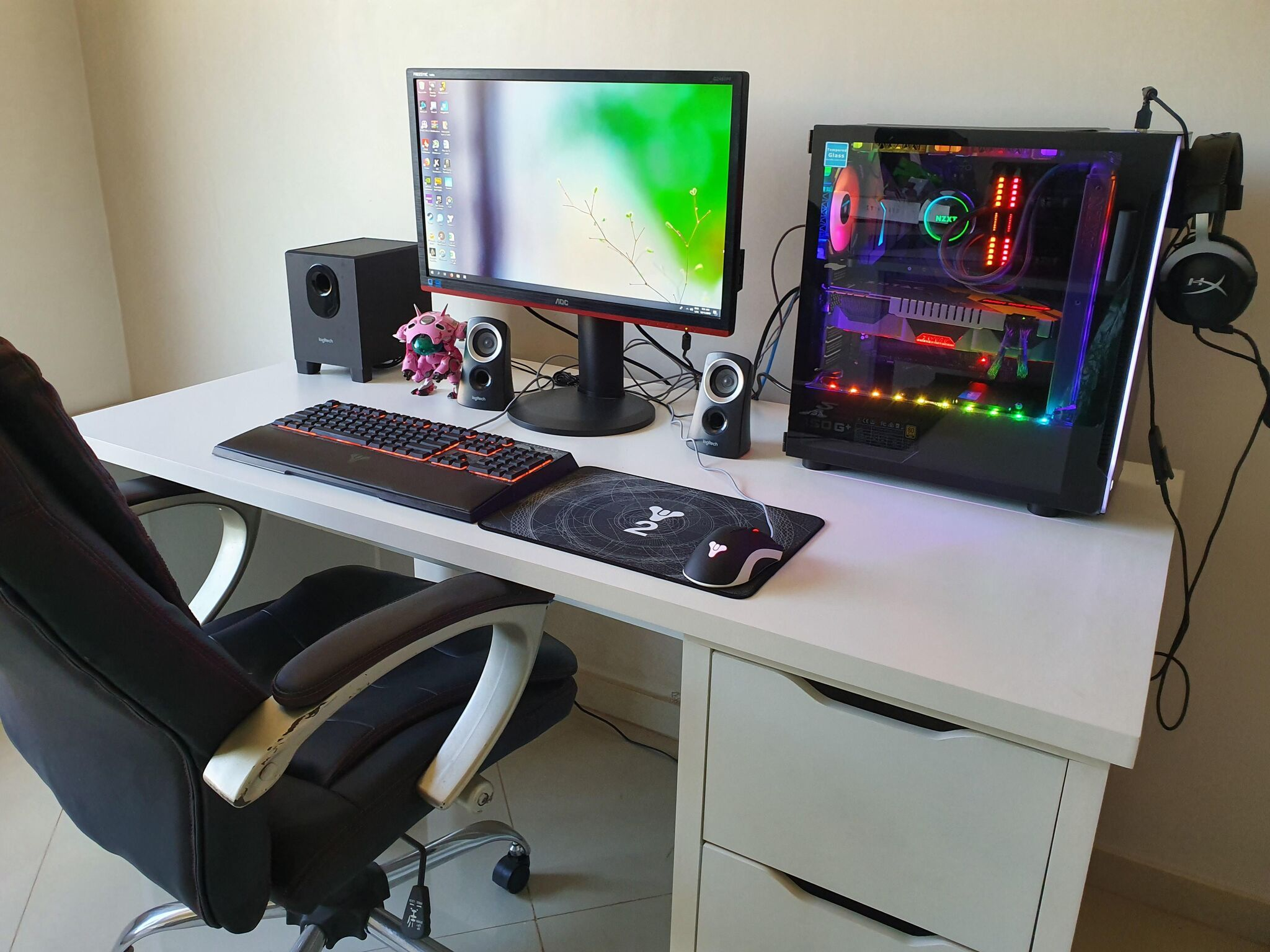 Needs some cable management.