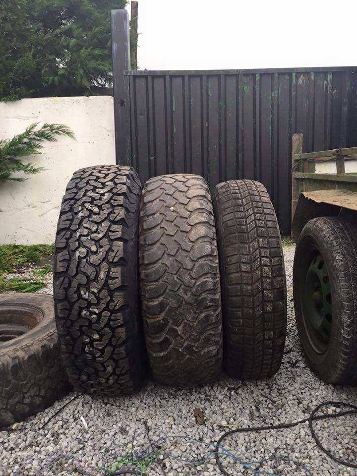Right To Left 205 16 246 75 16 235 85 16 Wheel And Tyre Choice Details 265 75 16 Can Be Run On Std Height Bu Custom Wheels Wheels And Tires Mustang Wheels