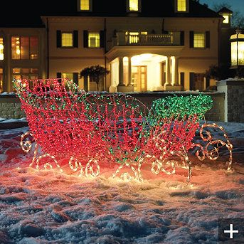 santa s lighted sleigh use clear lights for this outdoor display