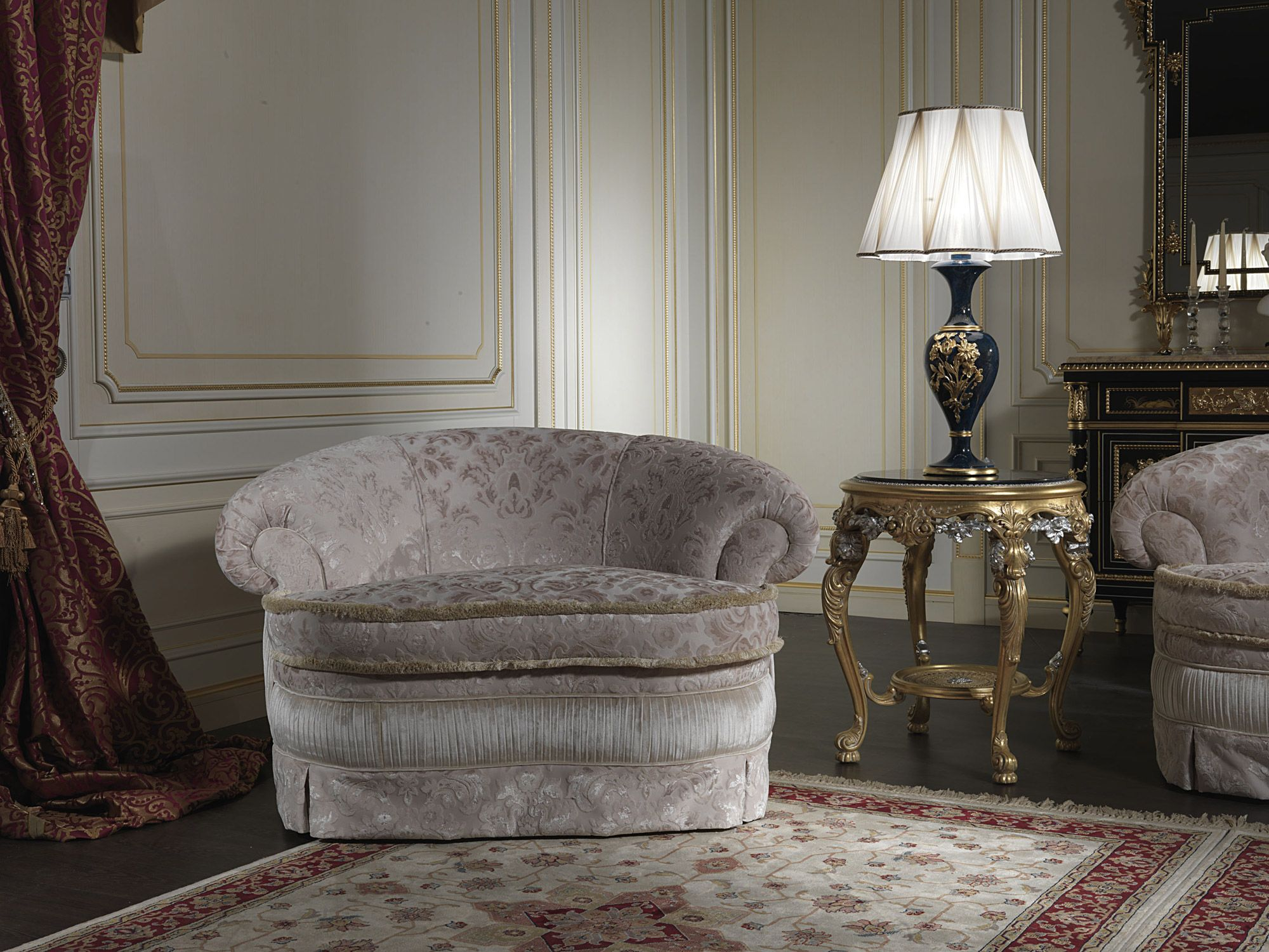 Classic Design Furniture London the armchair in the classic style of the living room london