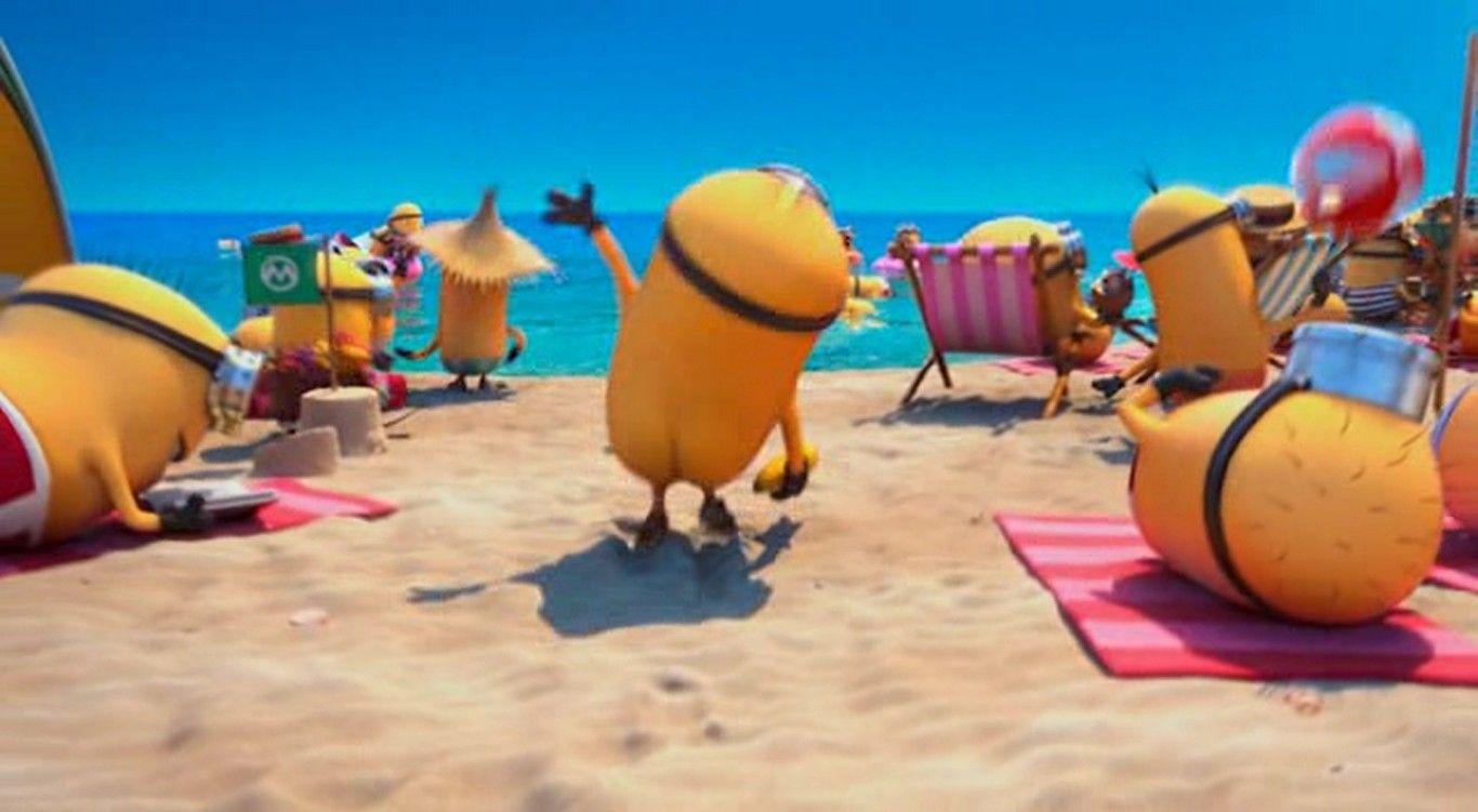 Minion Beach Deable Me