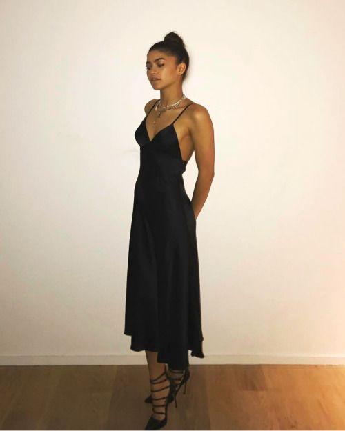 zendaya fake boyfriend au pinterest tenue mode et vetements. Black Bedroom Furniture Sets. Home Design Ideas