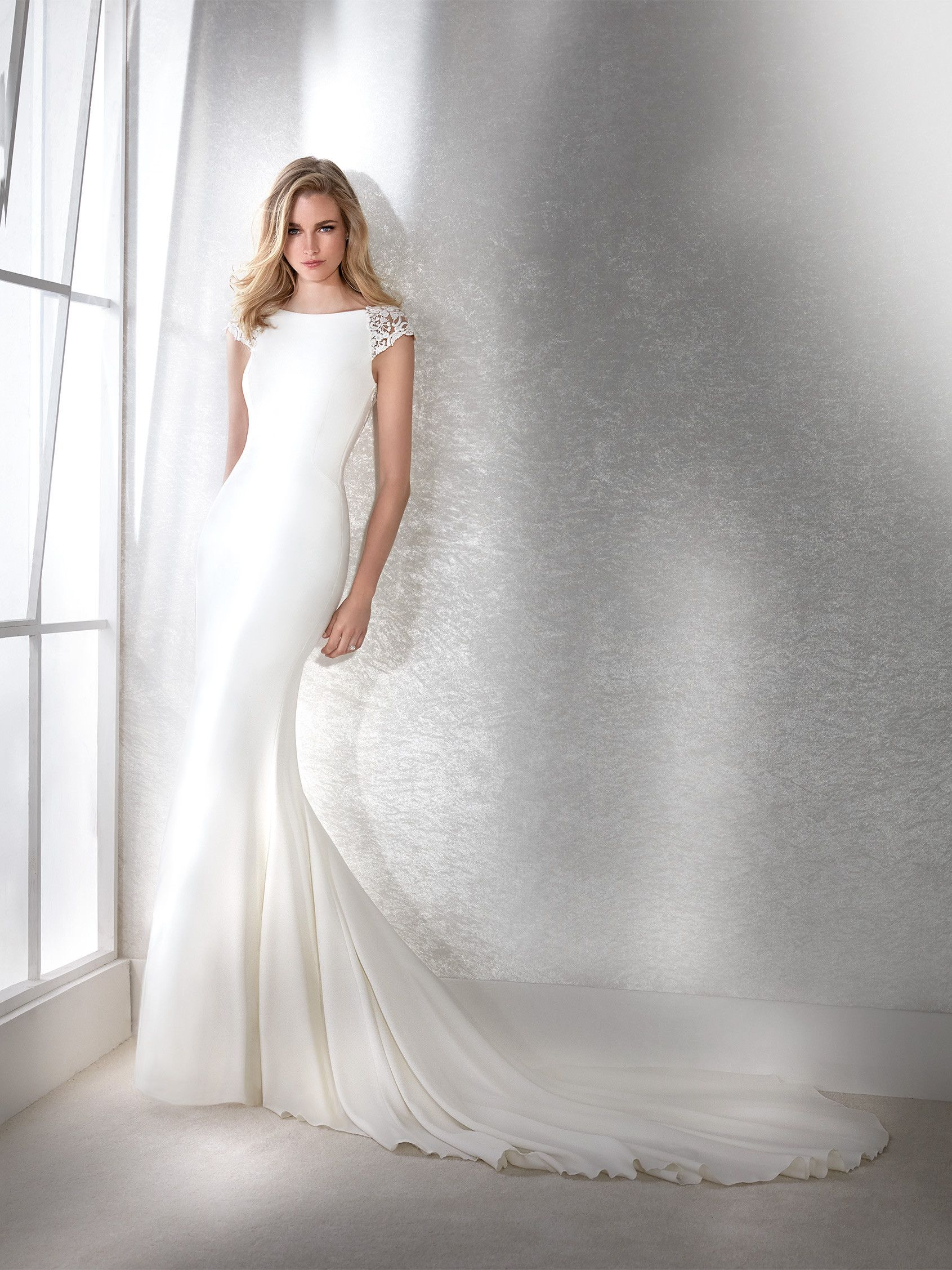 Pronovias Ivory/Nude One Style-fe Traditional Modest