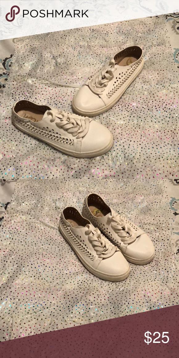 06691759f9ccb Woven Sam Edelman Sneakers 👟 White woven sneakers Sam Edelman Shoes  Sneakers