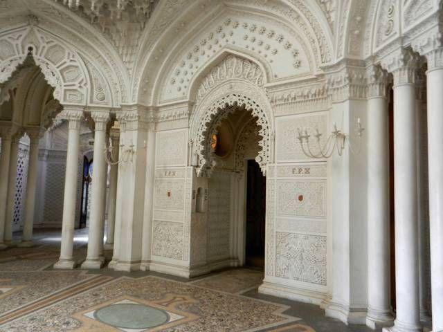 La sala bianca -Castello di Sammezzano - Italia