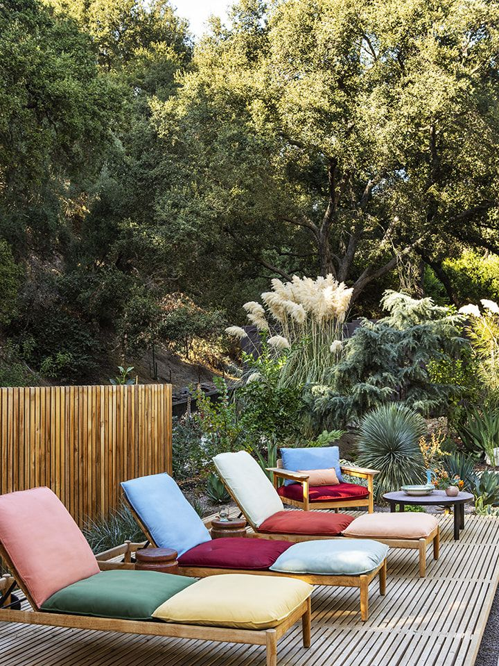 6 Outdoor Fabric Ideas to Give Your Backyard Vacay Vibes