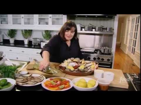 when inas friends come over expecting a simple meal she loves surprising them with an elegant dinner ina makes beef with gorgonzola sauce baked potato - Barefoot Contessa Friends