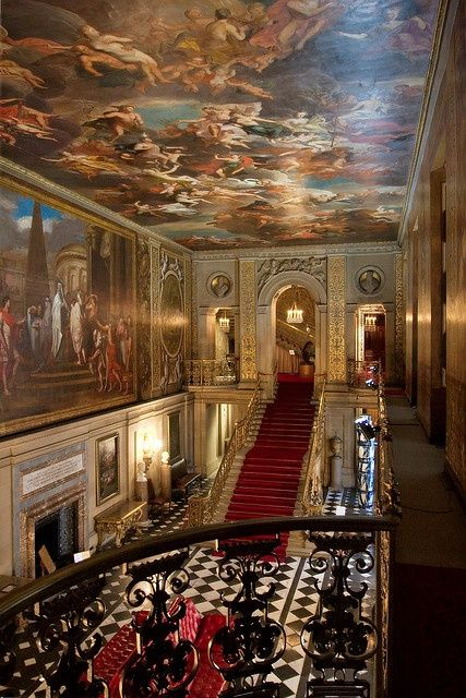 Chatsworth House History: The Great Hall Of Chatsworth House, Derbyshire, England