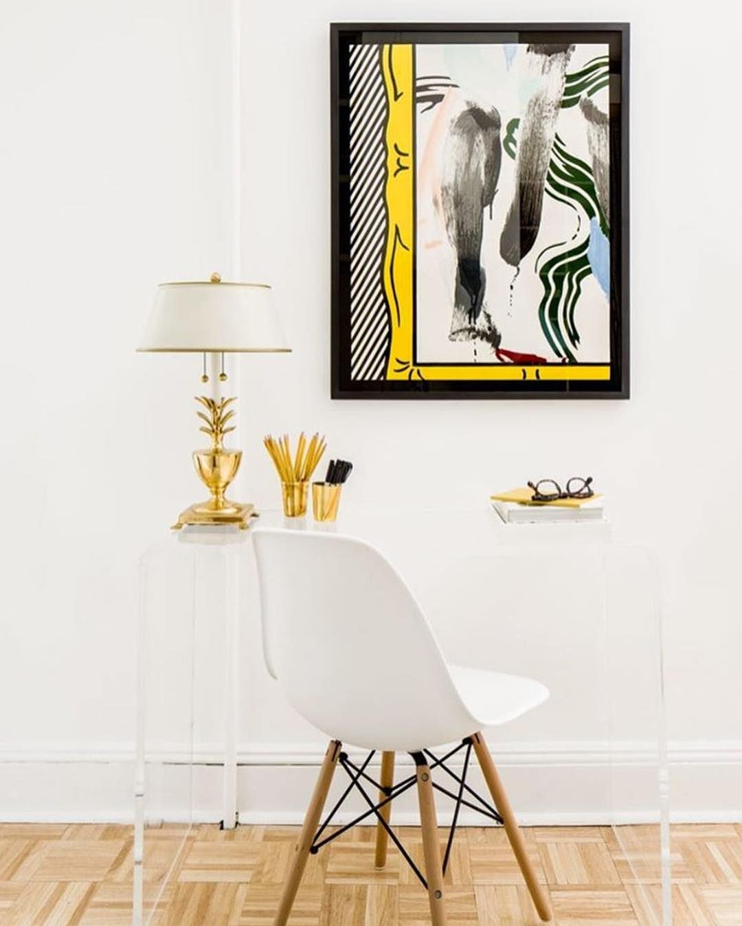 A little art wall deco will liven up any corner of your