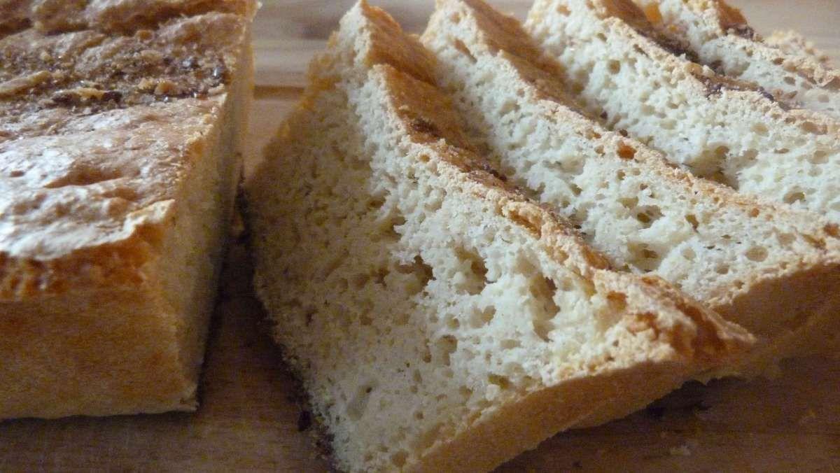 Baking a light and naturally gluten free sourdough bread