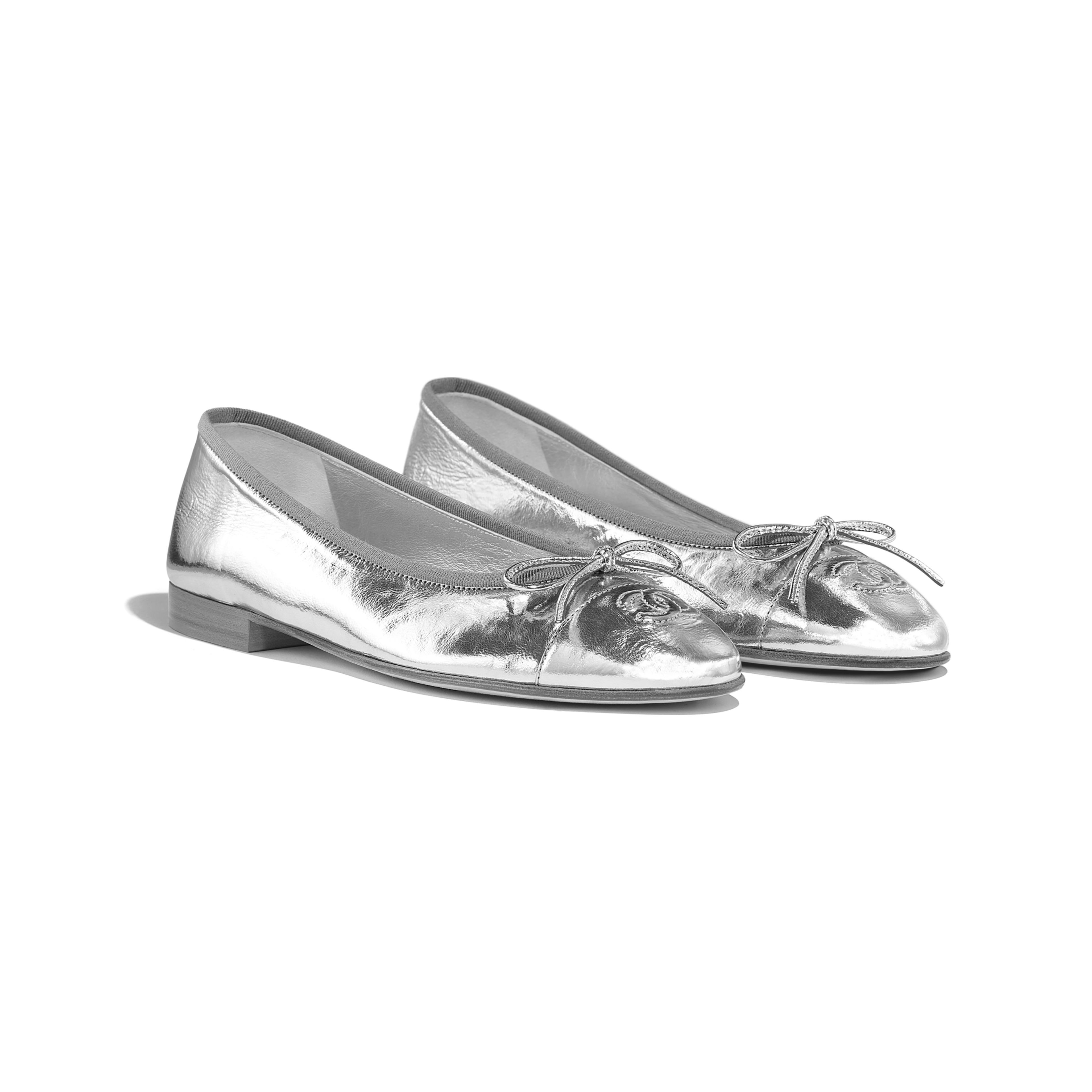 Silver pumps, Ballerina shoes