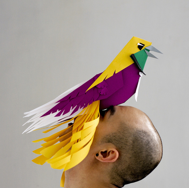 Ave del Paraíso Máscara Escultura de Papel Jeannie Huang