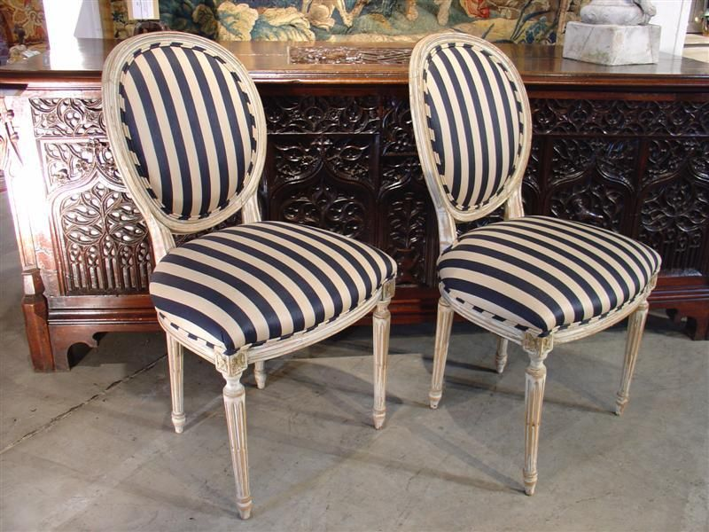Captivating Pair Of Parcel Painted Antique Louis XVI Style Medallion Side Chairs