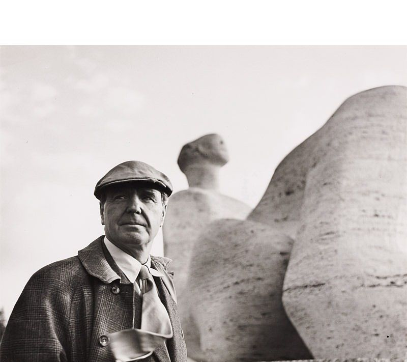 Henry Moore by Sabine Weiss (* 1924), 1950s