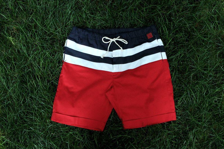 Boys in short shorts: July 2010