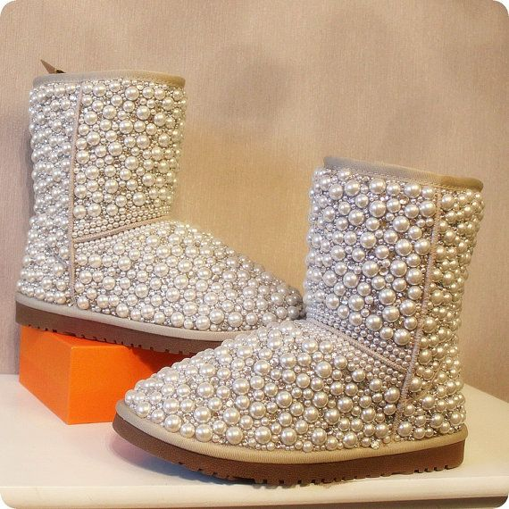 c97a98a879e Pin by Kimberly Reeves Bailey on shoes