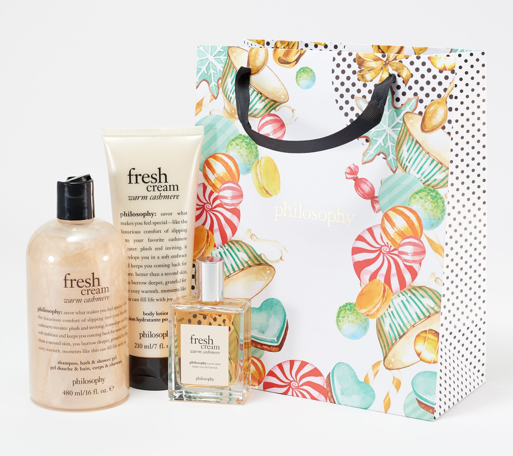 Indulge In Life S Sweet Luxuries With This Three Piece Layering Collection In Fresh Cream Warm Cashmere Fragrance Compl Lotion Gift Fragrance Fragrance Spray