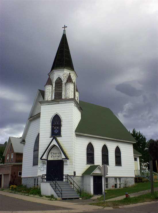 Church Of Christ Hancock Mi Old Country Churches Churches Of Christ Church Building