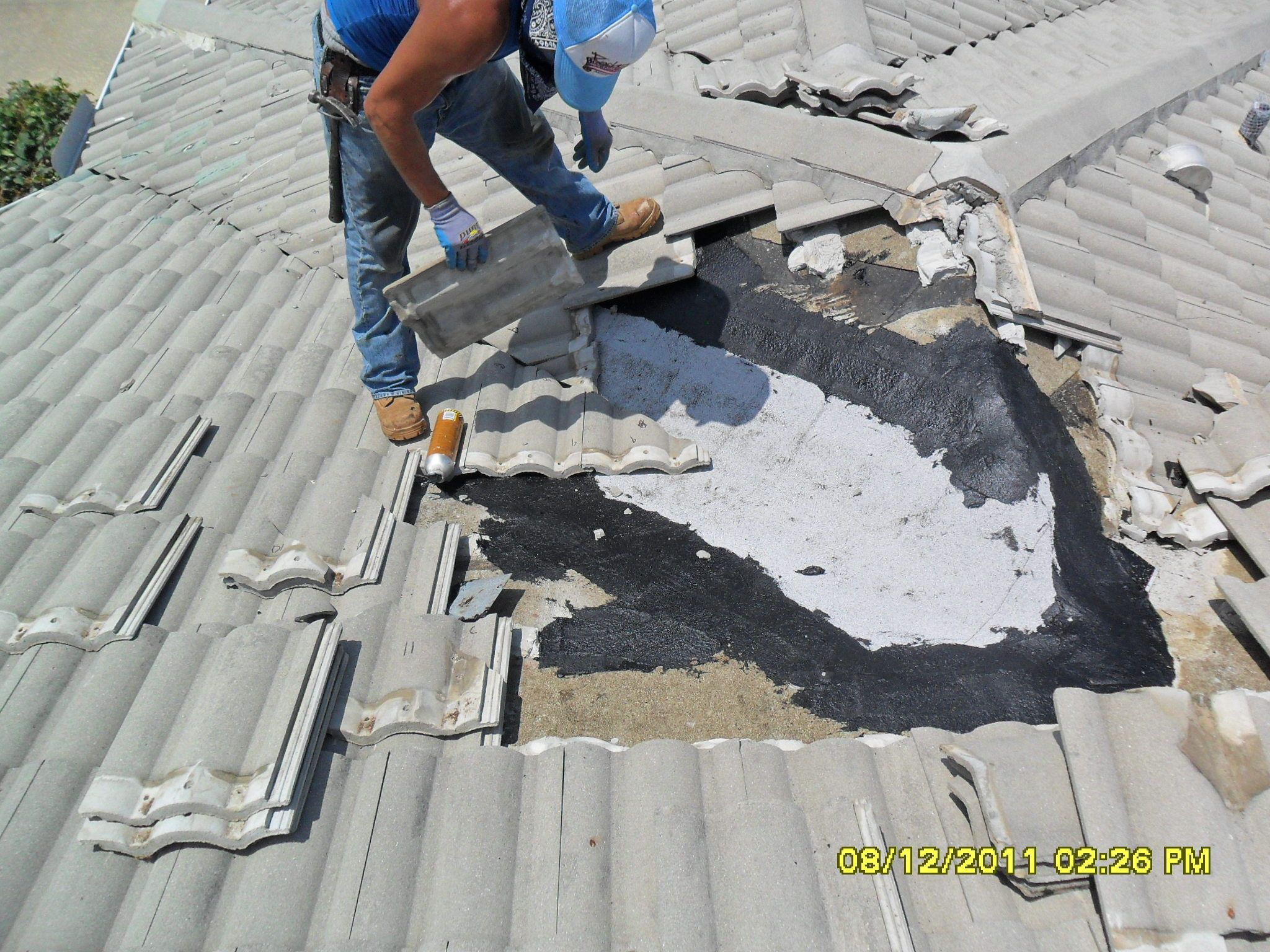 Tile Roof Repair Project In Sarasota By Gc Roofing Roof Repair Repair Roofing
