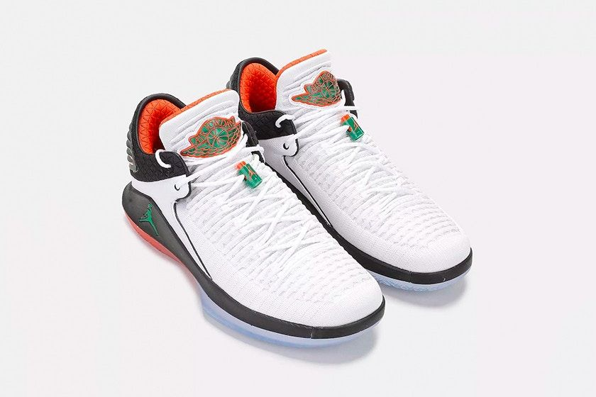 65fca471cc7f7c Air Jordan XXXII Low Gatorade AJ 32 men white pine green black ...
