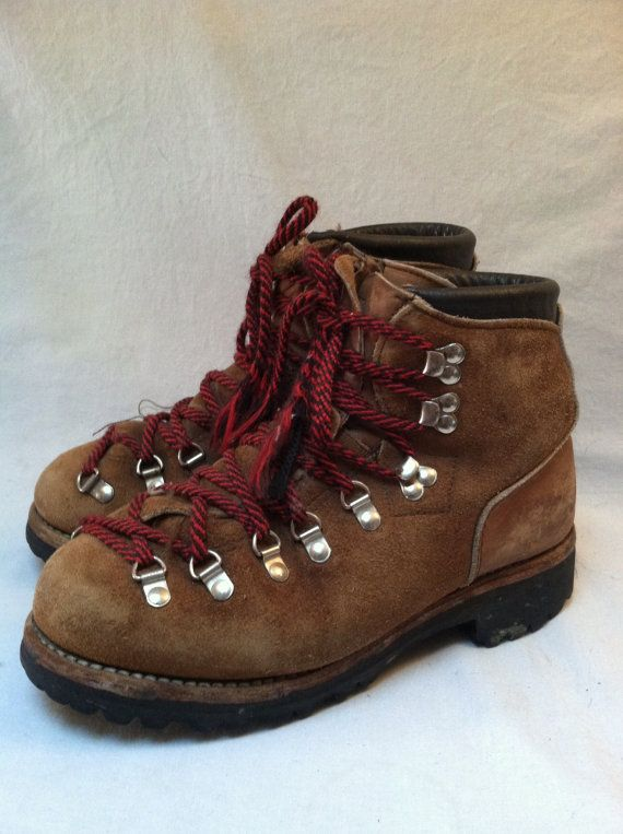 Vintage 70s Dexter Hiking Boots Mountaineering Red Laces Etsy Hiking Boots Boots Mountaineering Boots