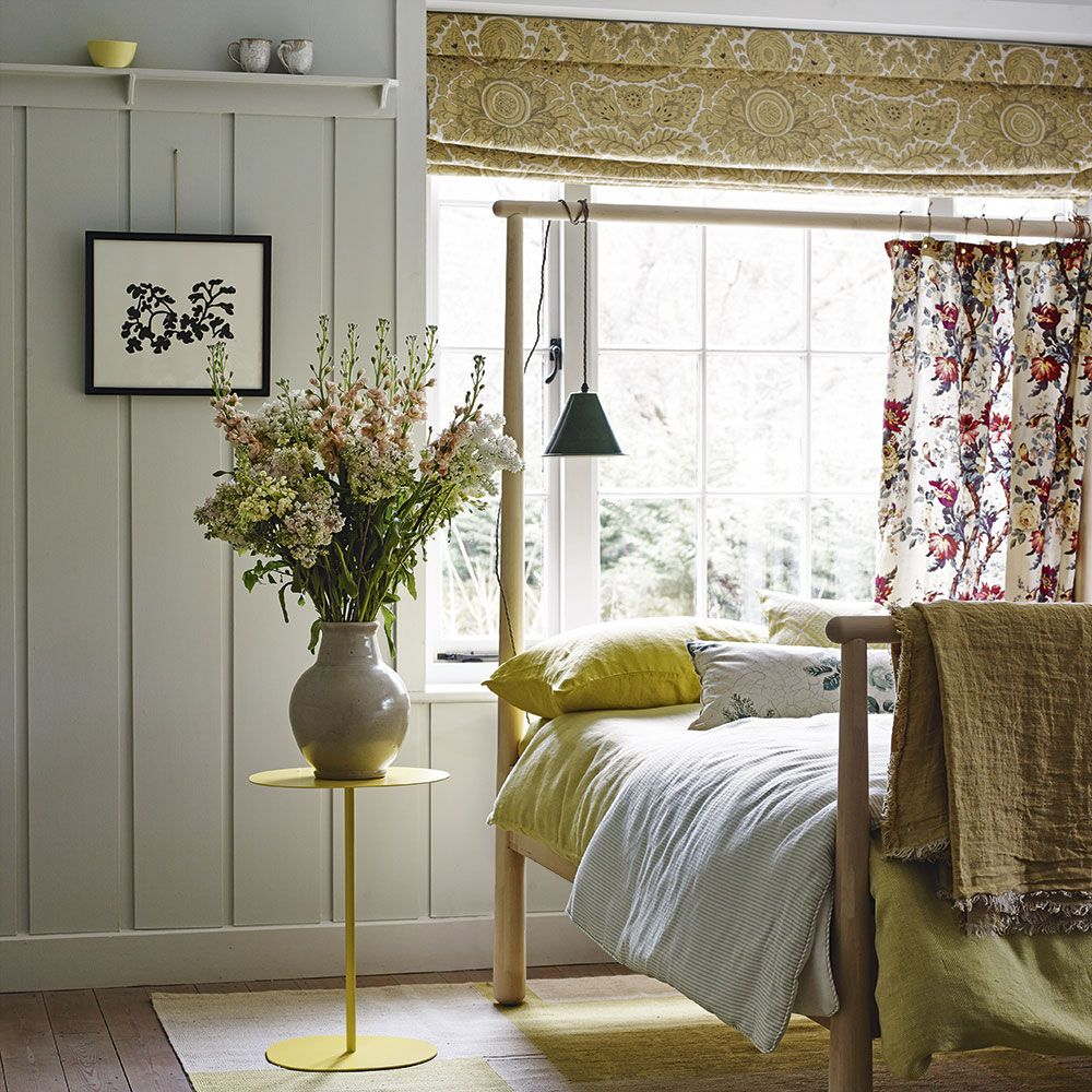 Vintage Bedroom Accessories Uk Dark Accent Wall Bedroom Bedroom Curtain Ideas Pinterest Bedroom Ideas Nz: Country-inspired Bedroom With Yellow Fabrics And Bed Frame