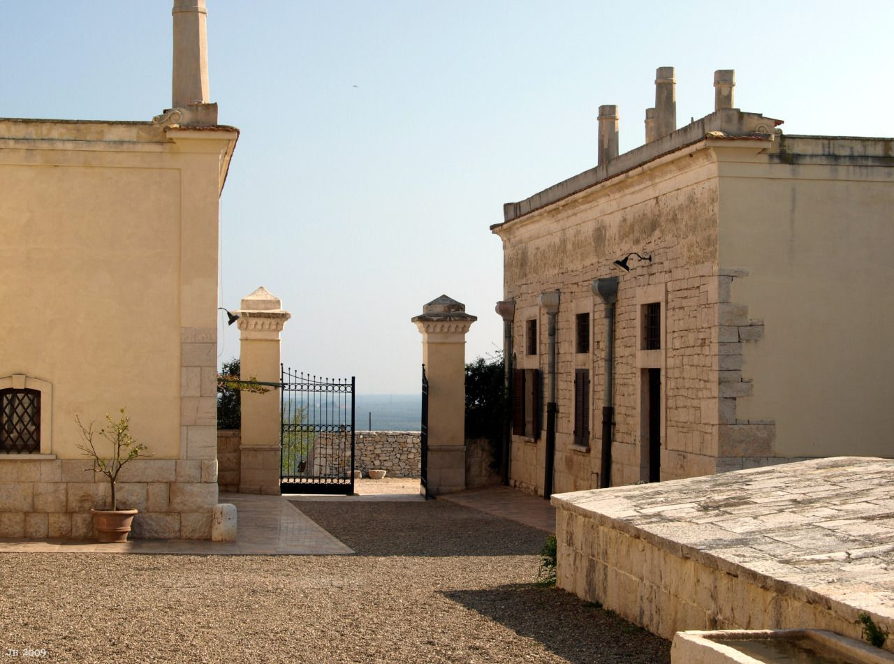 18th Century Masseria, Puglia   Italy (by Johannes Beilharz   johbeil.tumblr.com)
