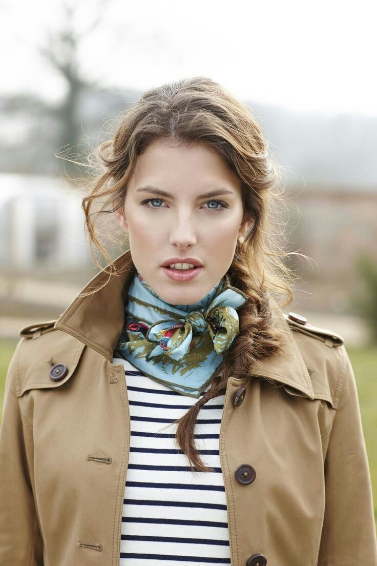 Trench coat and scarf Style, Scarf styles, How to wear
