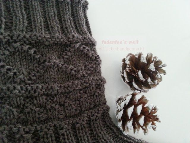 Herrensocken mit rechts/links Muster aus BellaLana New Bamboo Wolle 3